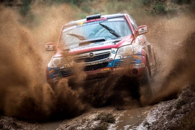 III etap Silk Way Rally 2012: pustynne ulewy