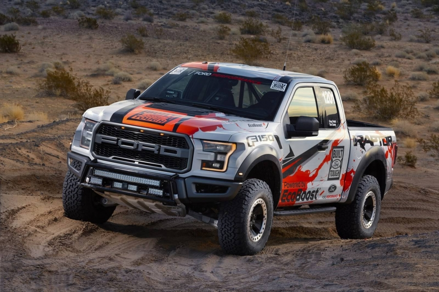 Ford Tough, czyli Ford F-150 Raptor gotowy do startu w Best in the Desert 2016