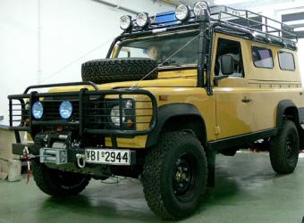Land Rover Defender 110 (2008) - grecki voyager