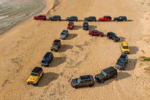 Genewa 2016. Jeep świętuje swe 75-lecie - zobacz 4 urodzinowe modele