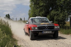 Mercedes 450 SLC - gotowy na Safari