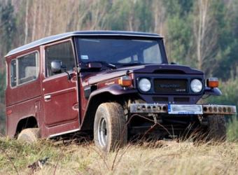 Toyota BJ42 Krzysztofa Franciszewskiego - oryginał w każdym calu