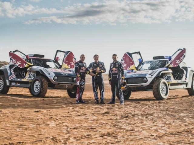 Peterhansel, Sainz i Despres przesiadają się do MINI John Cooper Works Buggy. Pierwszy sprawdzian na Rajdzie Maroka