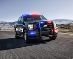 Od 0 do 100 km/h w 5,4 sek.! F-150 Police Responder - potęzna broń amerykańskiej policji
