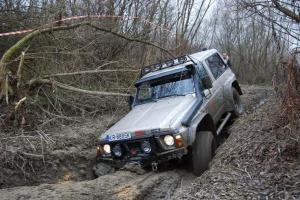 Podaj łapę zwierzakowi – charytatywna akcja Mud Project KrakOff-Road Team