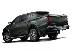 Mitsubishi L200 2016 - premiera na piątkę
