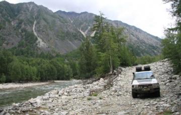 Adventure Team przetarł szlak nad Bajkałem i odwiedzili Polaków z Wierszyna