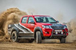 455 KM w Toyocie Hilux Racing Experience - tylko dla koneserów